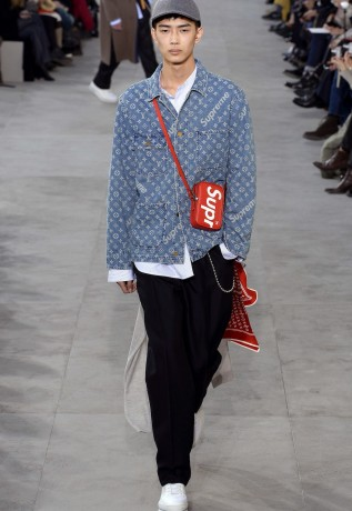 louis-vuitton-supreme-fw17-12-317x460